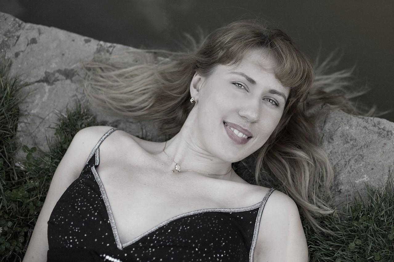 Emilia, Portrait 2