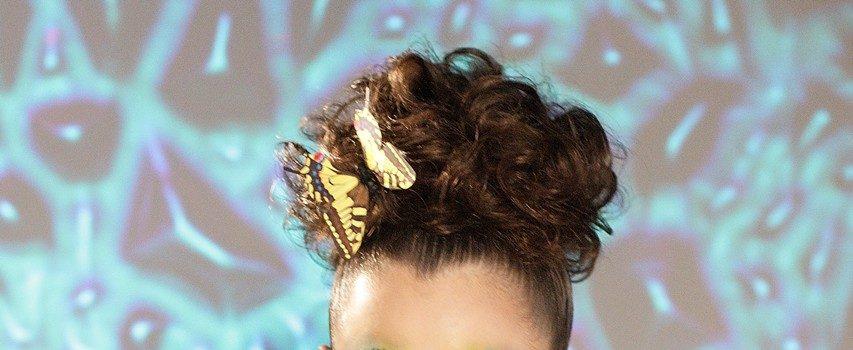 Zoya und die Schmetterlinge