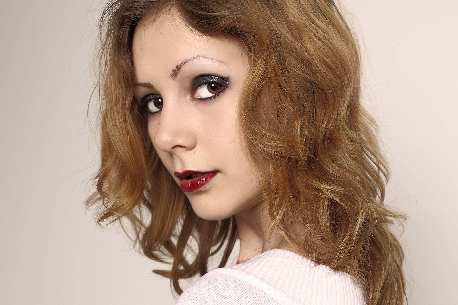 Portrait von Lucia