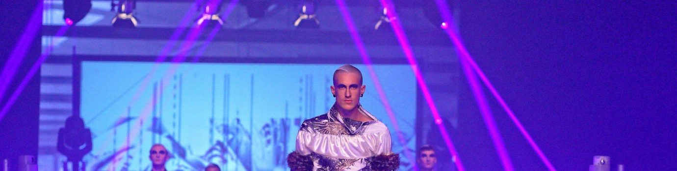 Steve on Stage für Kit Wan