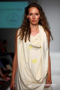 Ethical Fashion on Stage – Elementum by Daniela País