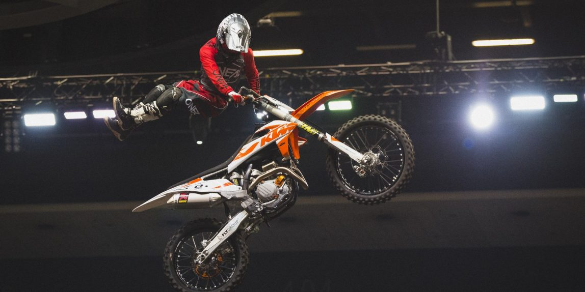 Night of the Jumps – Maikel Melero