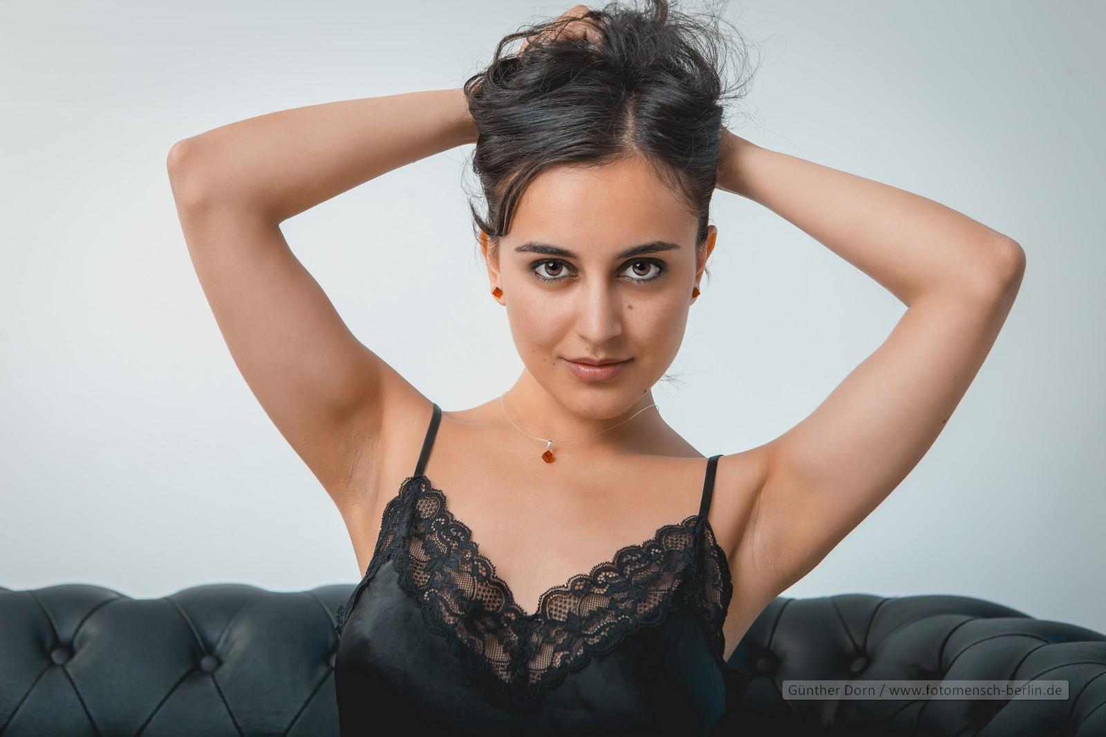 Yasmeena Ali im Studio 1